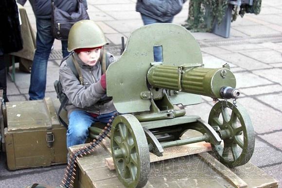Что делали пушки у Гостиного двора: Фото