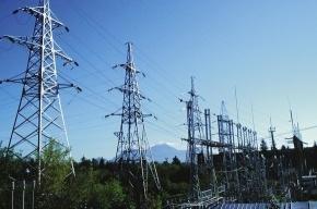 Энергетики ликвидируют последствия шторма в Ленобласти