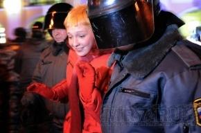 У Гостиного двора начались задержания