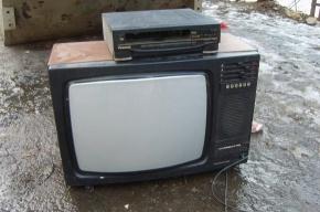 Обозреватель «Ъ» телевизионщикам: Выкиньте свои «Тэфи»