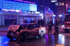 Две «Ауди» столкнулись лоб в лоб на улице Есенина