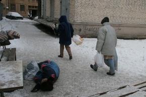 В Петербурге выходит в рейс новый «Ночной автобус» для помощи бездомным
