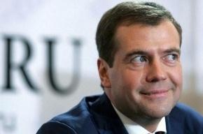 В Twitter Дмитрия Медведева появилась нецензурная запись