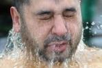 На Крещение в Петербурге никто не утонул и не обморозился: Фоторепортаж