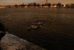 Фоторепортаж: «Спасатели вытащили из Невы затонувшую грузовую газель. Фоторепортаж»