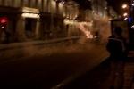 Фейерверк взорвался в толпе: Фоторепортаж