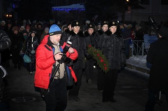 Воспитанники Аничкова Дворца зажгли свечу памяти: Фото