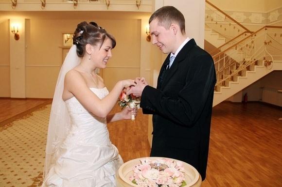 Необычная свадьба: жених и невеста - представители самых многодетных семей района: Фото