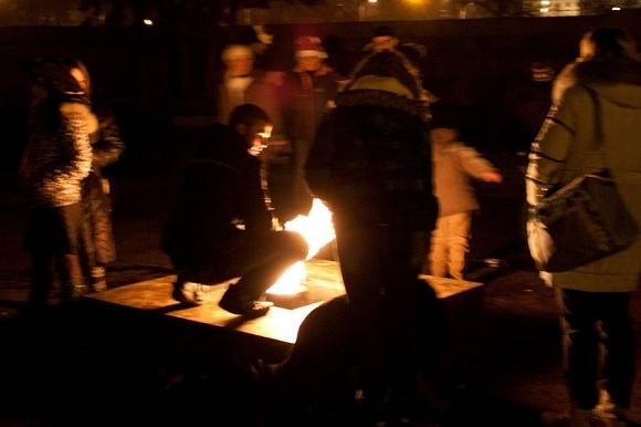 Новый год на Дворцовой: человек в Неве, драка под бой курантов, фейерверки в толпе: Фото