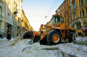 В Петербурге на линии  вышло 957 единиц снегоуборочной техники
