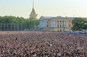 Почему мировые звезды едут в Петербург