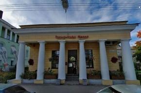 В Пушкине повар кафе ударил клиента ножом и пошел на кухню работать
