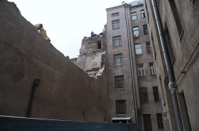 Полтавченко просит прокуратуру проверить законность сноса дома на Фонтанке
