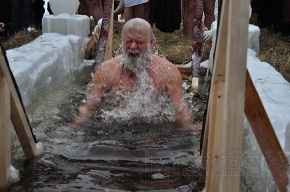 В сестрорецкий Разлив на Крещение окунутся 5 тысяч человек