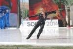Фоторепортаж: «Евгению Плющенко не понадобится новая операция»
