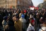 Фоторепортаж: «От Лиговского до Конюшенной. Шествие «За честные выборы» в Петербурге (фото)»