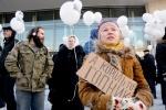 Фоторепортаж: «Оппозиция прошла колонной по центру Петербурга (фото)»