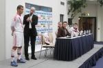 У российских футболистов появилась форма с элементами кольчуги: Фоторепортаж