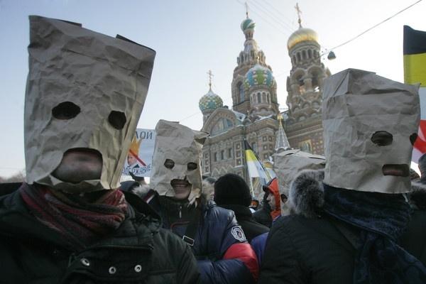 Навальный едет на митинг в Петербург к «упырям, голосующим за Путина»: Фото
