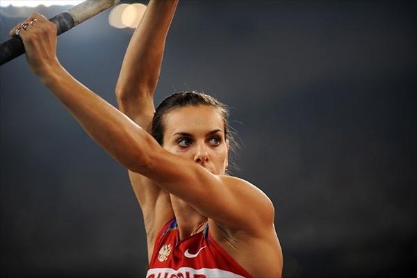 elena_isinbaeva_olympics_record_02.jpg