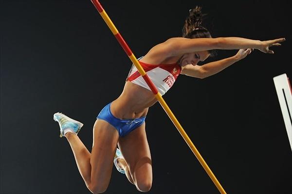 Елена Исинбаева оказалась самой прыгучей в мире: Фото