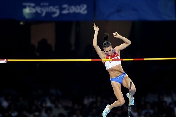 elena_isinbaeva_olympics_record_08 (1).jpg