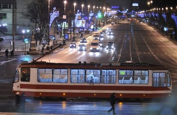 Петербург закупится дорогими трамваями, чтобы избавиться от маршруток