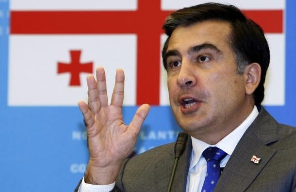 Саакашвили отменит визы для россиян, чтобы они тратили деньги в Грузии