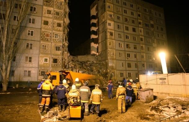 В Астрахани рухнувший подъезд убил уже пять человек