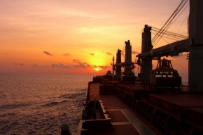 В порту Петербурга застрял либерийский сухогруз