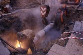 В Приморском районе от прорыва трубы пострадали 65 зданий