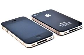 Двое петербуржцев заказывали технику «Apple» и отбирали ее у курьеров