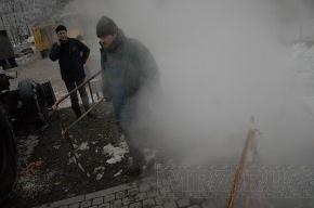 В Петербурге чинили очередной прорыв трубы с кипятком