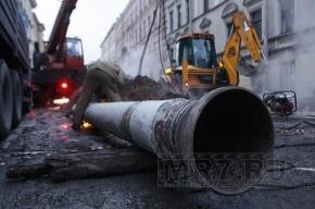 В Колпино прорвало еще две трубы