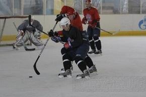 Юный хоккеист попал в реанимацию после удара шайбой