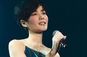 На олимпийском стадионе в Китае обрушились трибуны во время концерта