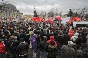 Колонна демонстрантов «За честные выборы» вышла на Литейный проспект