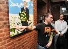 Добрейшей души человек (выставка портретов Путина): Фоторепортаж