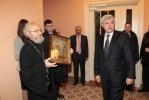 Георгий Полтавченко проголосовал в Петроградском районе: Фоторепортаж