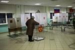 Эсеры считают выборы в Петербурге пристойными, но лживыми: Фоторепортаж