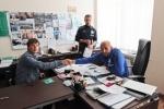 Фоторепортаж: «Аршавин заявил, что поцелуй с Адвокаатом был импровизацией»