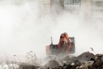 Прорыв трубы на Богатырском проспекте, 20 марта 2012 г.: Фоторепортаж