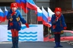 После обработки 98% бюллетеней у Путина оказалось почти 64%: Фоторепортаж