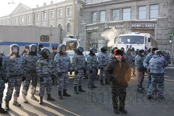 У Заксобрания Петербурга оппозиция после выборов разобьет палаточный лагерь: Фото