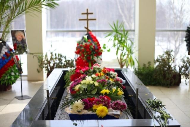 прощание с мариной салье: Фото