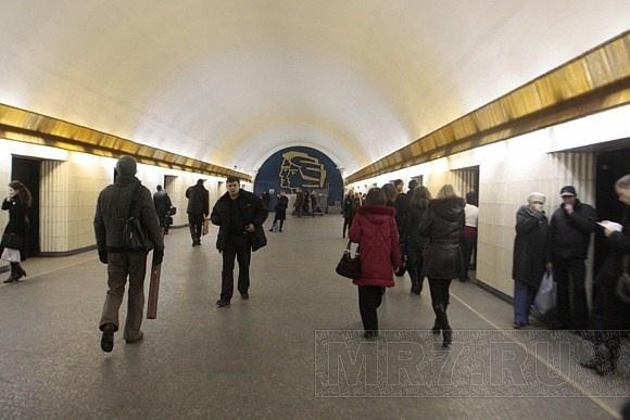 Метро «Петроградская»: Фото