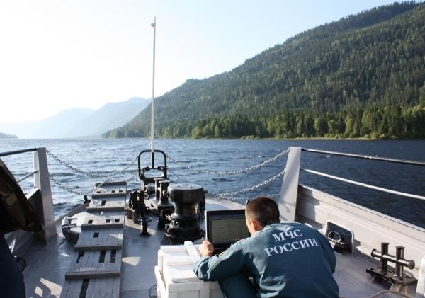 Поисковые работы на Телецком озере на Алтае: Фото