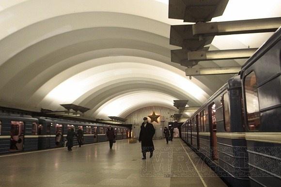 Метро «Площадь Мужества»: Фото