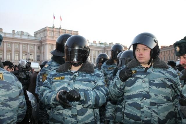 На акции оппозиции в Петербурге задержано 70 человек: Фото