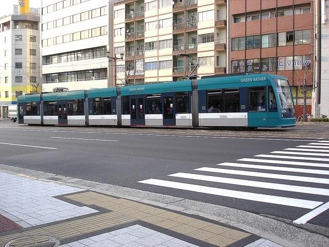 легкорельсовые трамваи в Европе: Фото